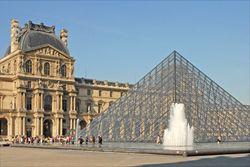 Le musée du Louvre (4750261198).jpg